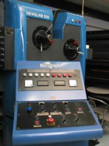 центральный пульт управления машины Manugraph Newsline S30